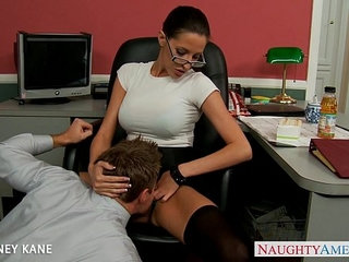 Office babe in glasses Kortney Kane fucking