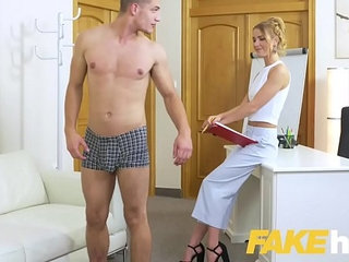 Sexy Patient brooke wylde Bang With Horny Doctor clip
