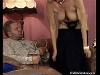Fat mature housewife rides an hard cock