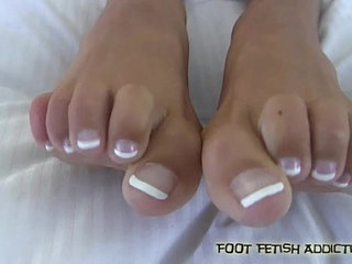 I bet I can make you cum with my feet